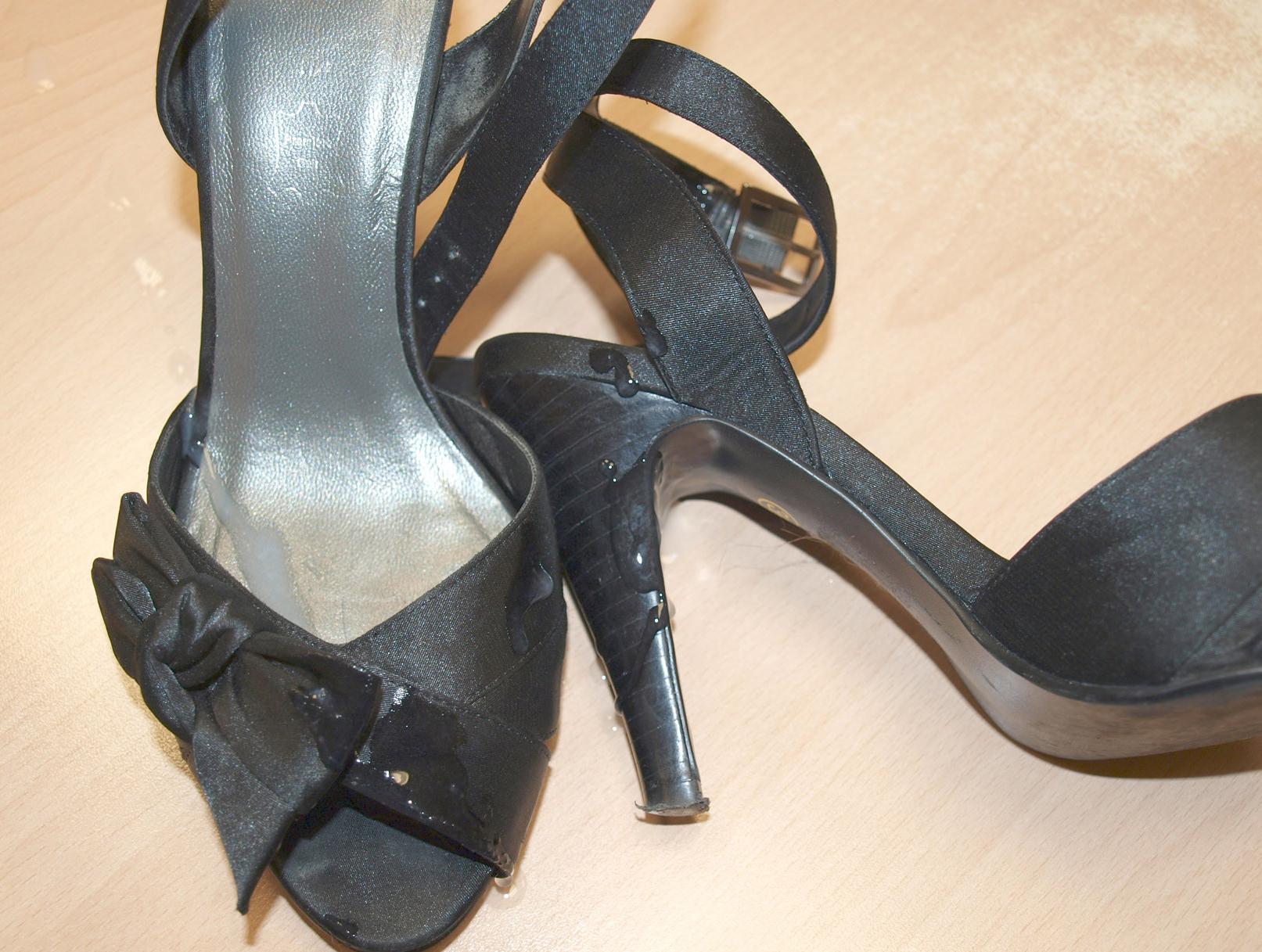 Cum Voyeurweb's Sex Shoes In Wiki About CrxdBoe