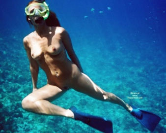 Snorkel Naked 34