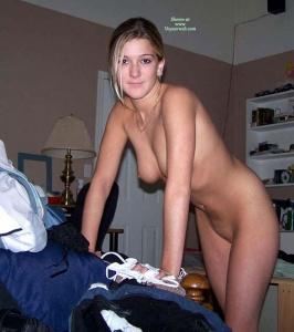 teen girl nude football