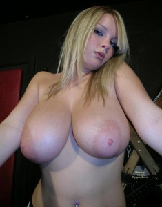 Very big tits video