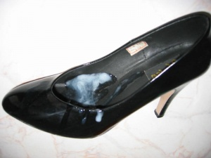 Cum on high heel shoes