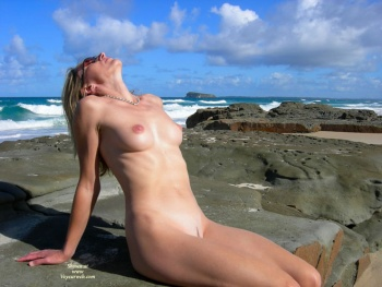 aussie erotica voyeurs and exhibitionists
